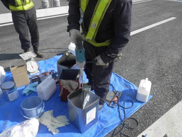 排水性トップコート工法(ポーラスモード工法)画像2
