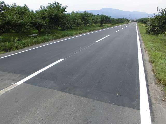 クラック抑制型薄層舗装用改質アスファルト(ノンクラックファルト)